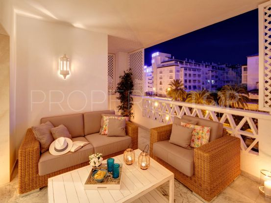 Apartment in Las Gaviotas with 2 bedrooms | Banus Property