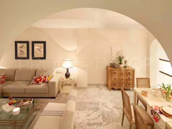 For sale apartment in Las Gaviotas, Marbella - Puerto Banus | Banus Property