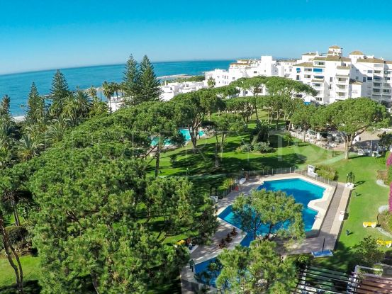 For sale apartment in Playas del Duque with 3 bedrooms | Banus Property