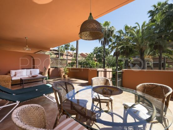 For sale ground floor apartment in El Embrujo Playa with 2 bedrooms | Banus Property