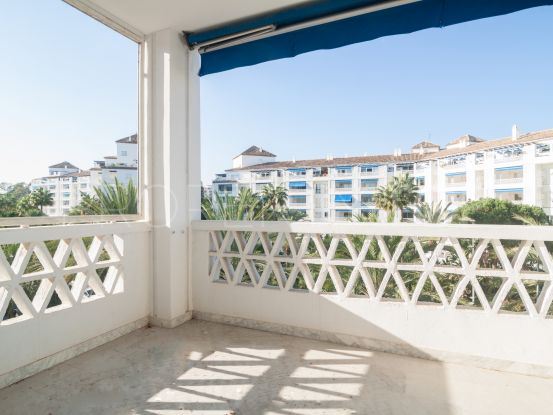 Apartment in Playas del Duque for sale | Banus Property