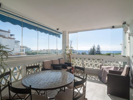 Apartment for sale in Playas del Duque with 3 bedrooms | Banus Property