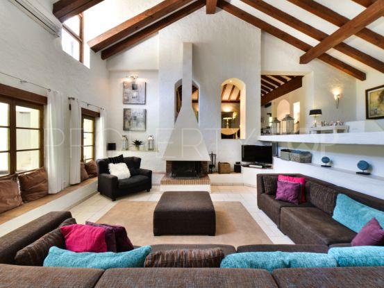 Casares villa with 10 bedrooms | Drumelia Real Estates