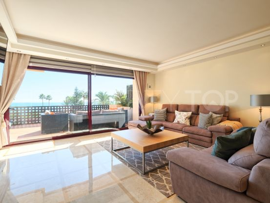 For sale 3 bedrooms apartment in Costalita del Mar, Estepona | Drumelia Real Estates