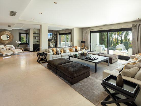 For sale villa with 7 bedrooms in La Cerquilla, Nueva Andalucia | Drumelia Real Estates