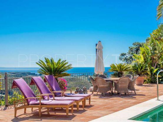 For sale villa with 5 bedrooms in El Madroñal, Benahavis | Drumelia Real Estates