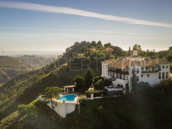 7 bedrooms El Madroñal villa for sale | Drumelia Real Estates