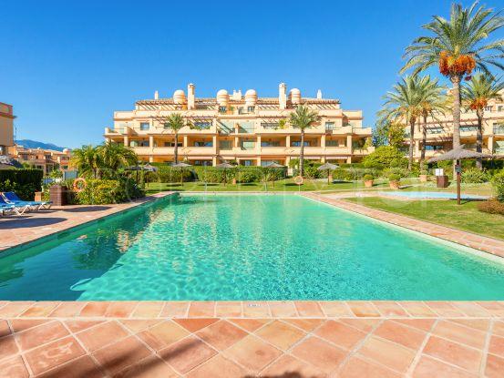 For sale apartment with 3 bedrooms in Los Flamingos, Benahavis | Drumelia Real Estates