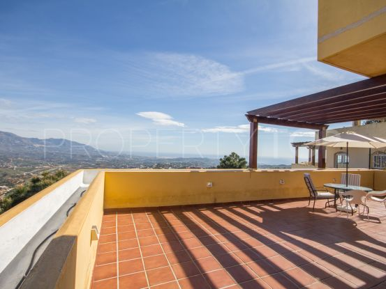 Duplex in La Mairena | Villa Noble