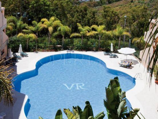 Buy Nueva Andalucia 3 bedrooms penthouse | Villa Noble