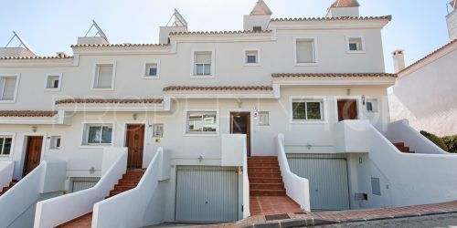 Town house with 3 bedrooms for sale in El Paraiso, Estepona | Villa Noble