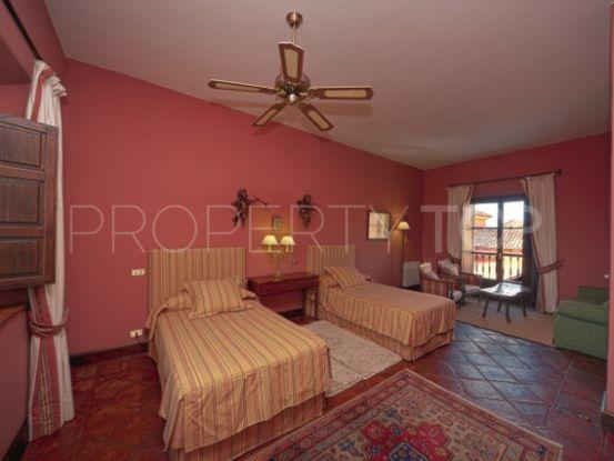 Comprar finca de 12 dormitorios en Ronda Centro | Arias-Camisón Properties
