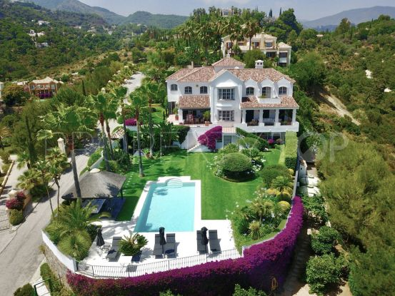 El Madroñal 4 bedrooms villa for sale | Luxury Villa Sales