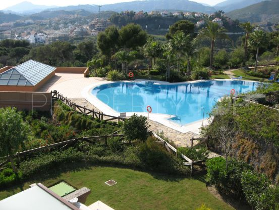 For sale penthouse with 2 bedrooms in Nueva Andalucia, Marbella | Luxury Villa Sales