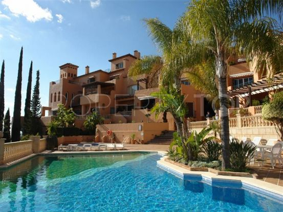 Nueva Andalucia 3 bedrooms penthouse for sale | Luxury Villa Sales