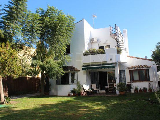 Villa with 4 bedrooms for sale in Atalaya, Estepona | Luxury Villa Sales