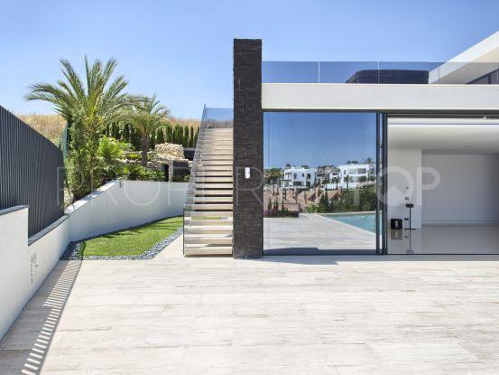 For sale 4 bedrooms villa in Los Naranjos Golf, Nueva Andalucia | Luxury Villa Sales
