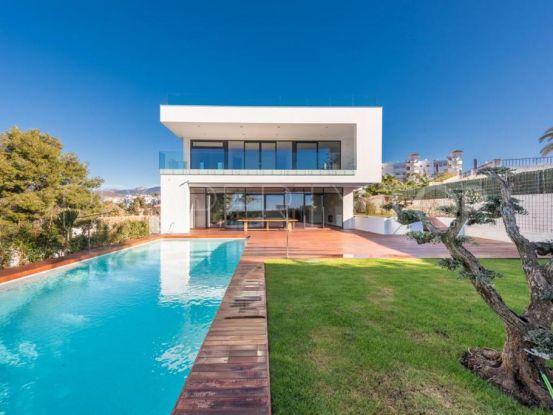 Buy 6 bedrooms villa in Zona Casino, Nueva Andalucia | Luxury Villa Sales