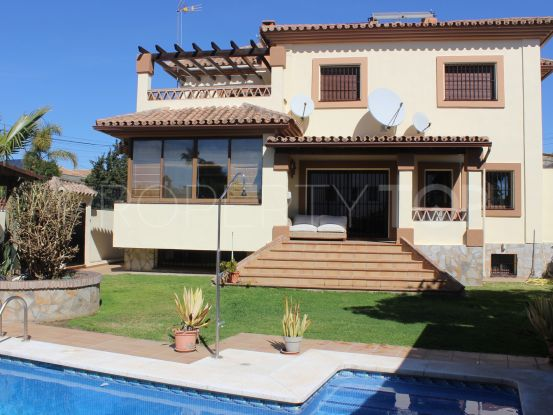 For sale villa in San Pedro de Alcantara with 4 bedrooms | Amigo Inmobiliarias