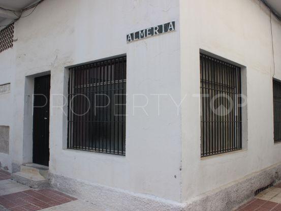 Comprar local comercial de 2 dormitorios en San Pedro de Alcantara | Amigo Inmobiliarias