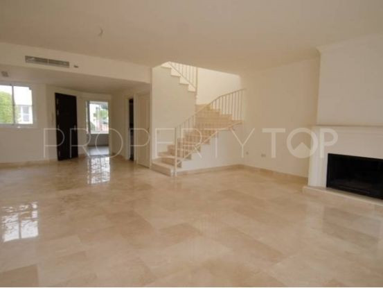 Buy town house in Guadalmina Alta, San Pedro de Alcantara | Amigo Inmobiliarias