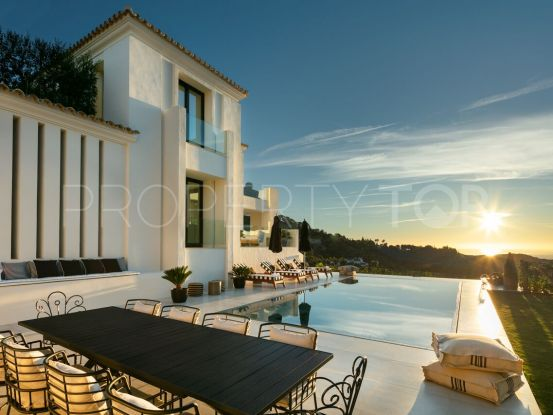 For sale villa in El Madroñal with 5 bedrooms | Dream Property Marbella