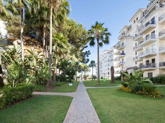 Duplex penthouse for sale in Andalucia del Mar with 3 bedrooms | Dream Property Marbella