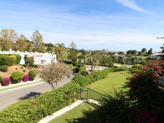 4 bedrooms semi detached villa in Aloha for sale   Magna Estates