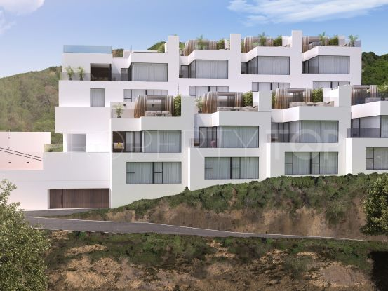 Triplex with 2 bedrooms for sale in Benahavis | Magna Estates