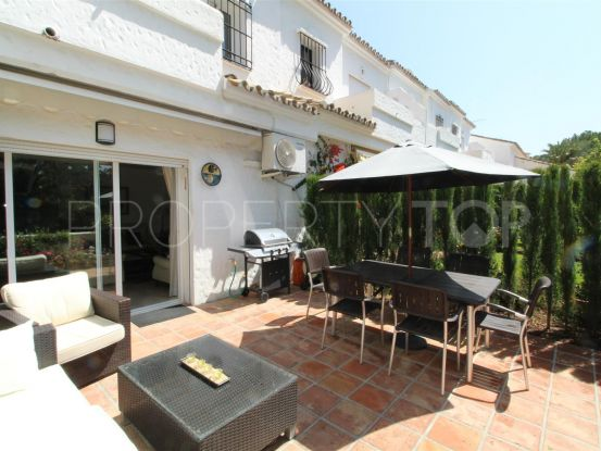 For sale town house in Las Brisas, Nueva Andalucia | Magna Estates