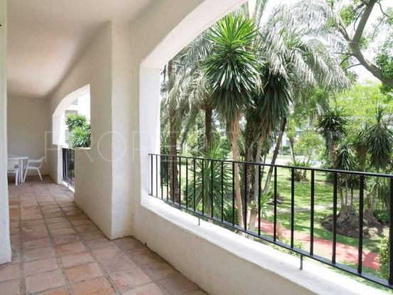 For sale 3 bedrooms apartment in Marbella - Puerto Banus | Magna Estates