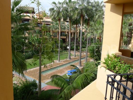 For sale apartment in San Pedro de Alcantara with 3 bedrooms | Magna Estates