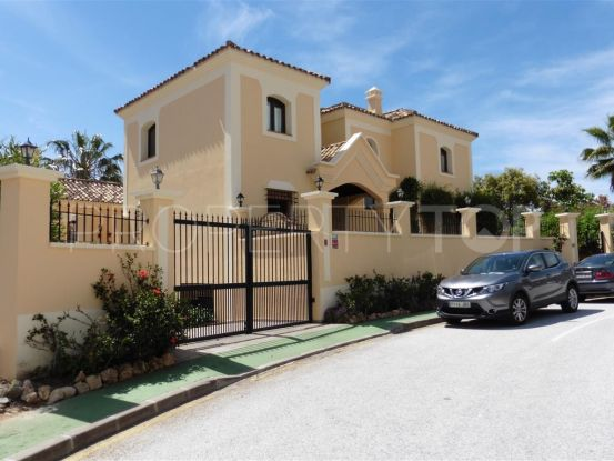 For sale villa in La Quinta with 4 bedrooms | Magna Estates