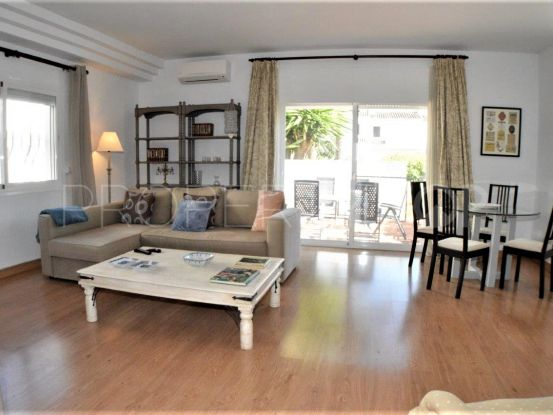 Town house in Los Naranjos Country Club with 2 bedrooms | Magna Estates