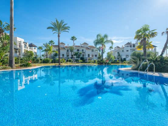 Ground floor apartment for sale in Mirador del Paraiso, Benahavis | Magna Estates