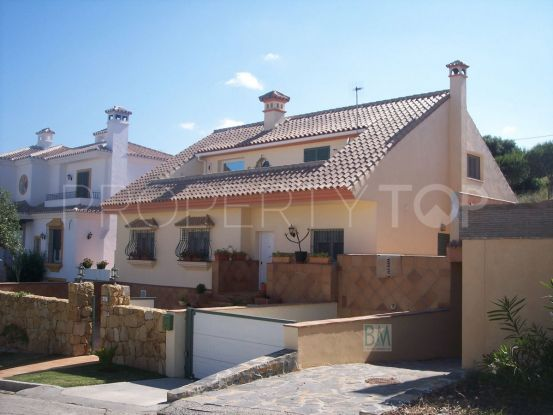 For sale house in Pueblo Nuevo de Guadiaro | BM Property Consultants