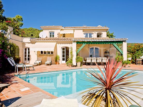 5 bedrooms El Madroñal villa | House & Country Real Estate