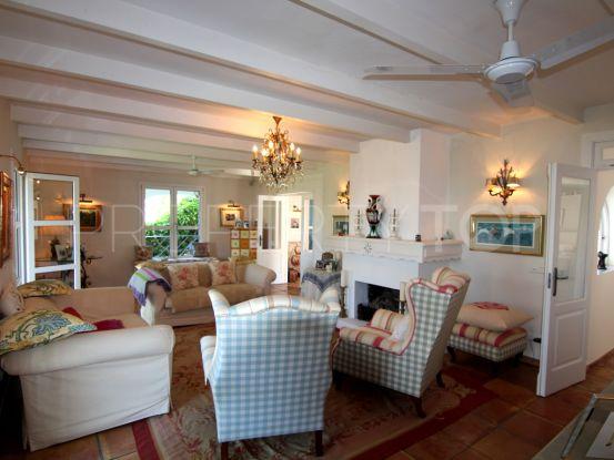 5 bedrooms villa for sale in Linda Vista Alta, San Pedro de Alcantara | House & Country Real Estate