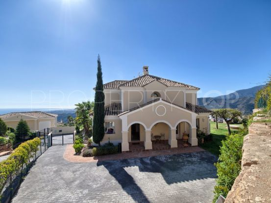 For sale villa in Sierra Blanca Country Club with 4 bedrooms | House & Country Real Estate