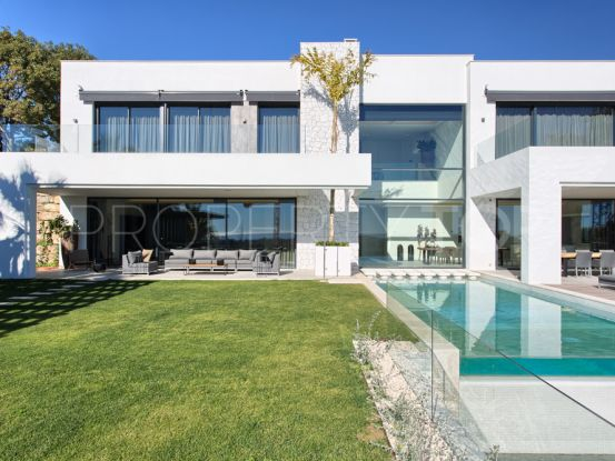Buy villa with 5 bedrooms in La Alqueria, Benahavis | FM Properties Realty Group