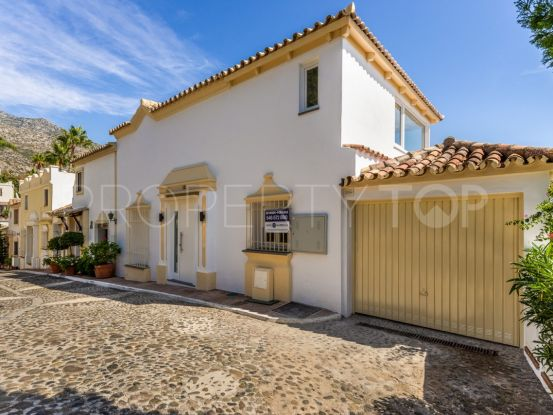 For sale Marbella Golden Mile villa with 4 bedrooms | FM Properties Realty Group