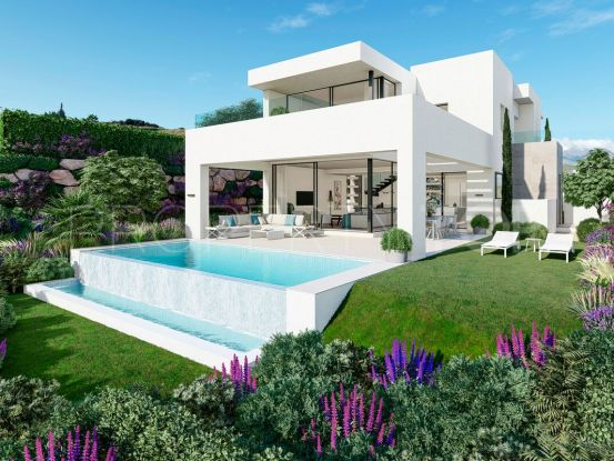 Villa with 3 bedrooms for sale in Estepona Golf | FM Properties Realty Group