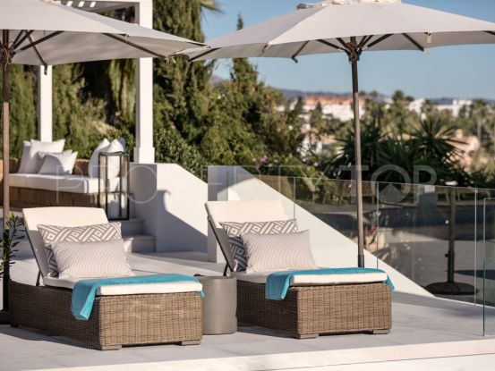 For sale Nueva Andalucia 6 bedrooms villa | Bemont Marbella