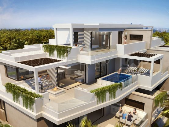 For sale penthouse in El Velerin with 4 bedrooms | Bemont Marbella