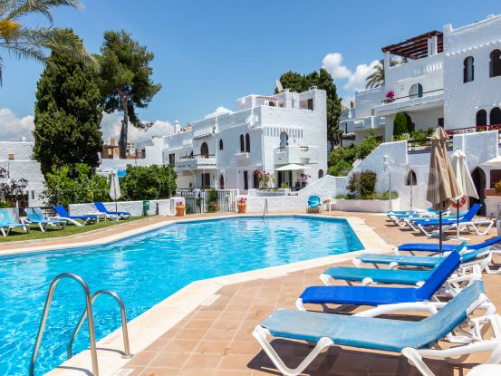 Apartment for sale in Nueva Andalucia | Solvilla