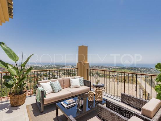 Penthouse with 2 bedrooms for sale in La Alqueria, Benahavis   Solvilla