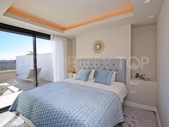 For sale 3 bedrooms penthouse in Nueva Andalucia   Lainer