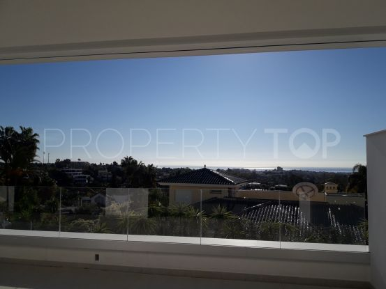 Apartment with 3 bedrooms for sale in Nueva Andalucia, Marbella | Lainer