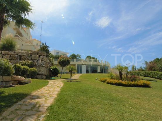 For sale duplex penthouse in Puerto del Almendro with 4 bedrooms | Bromley Estates