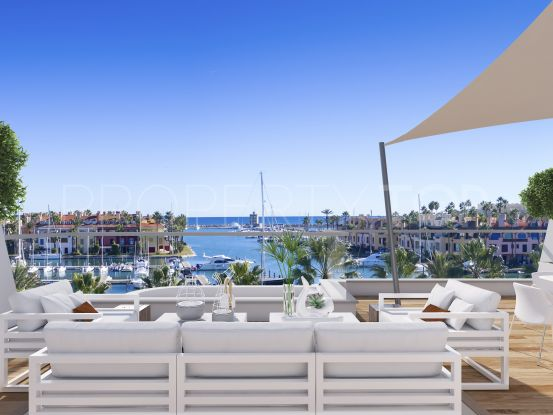 For sale apartment with 3 bedrooms in Marina de Sotogrande | Bromley Estates